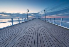 Meerblick mit Pier Molo in Orlowo, Gdynia Lizenzfreie Stockfotografie