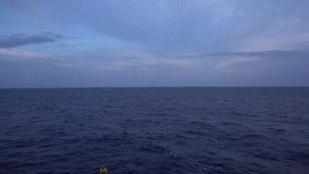 Meerblick während des Sonnenuntergangs stock video footage