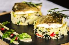 Meeresfrüchte auf dem Tisch lizenzfreie stockfotos