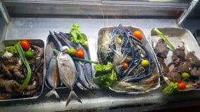 Meeresfrüchte in den asiatischen gesunden Vitaminen stockbild