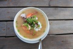 Meeresfrüchte gekochter Reis lizenzfreies stockfoto