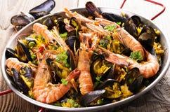 Meeresfrüchte-Paella stockfotografie