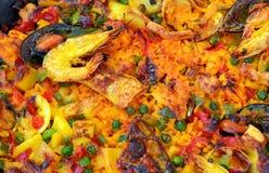 Meeresfrüchtepaella stockfotos
