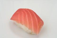 Meeresfrüchtesushi auf einem lokalisierten weißen Hintergrund Lizenzfreie Stockfotografie