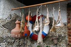 Meeresfrüchtetrockner vor dem Haus Lizenzfreie Stockfotografie