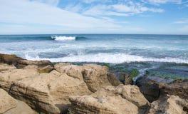 Meereswogen: Ruhige Pinguin-Insel Stockfotografie