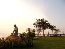 Meerjungfrau sehen Sonnenuntergänge Lizenzfreies Stockfoto