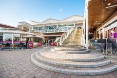 Meermin Quaid, een district van de waterkant in de Baai van Cardiff, Wales royalty-vrije stock afbeelding