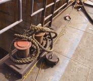 Meerpaal met kabel stock afbeeldingen