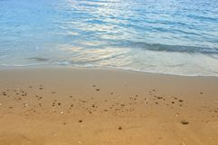 Meerwasser, Strand, Bewegung des Meeres morgens Stockbilder