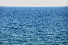 Meerwasseroberfläche Stockfoto