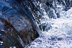 Meeslepend Water Royalty-vrije Stock Foto's