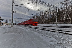 Meeslepende trein Stock Foto's