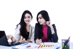 Meeting two businesswoman Royalty Free Stock Photos
