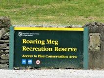 Meg Recreation Reserve Signboard de rugido fotos de archivo libres de regalías