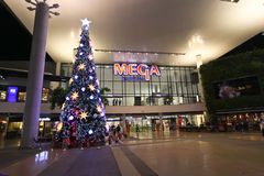 Mega Bangna Bangkok, Thailand, November 18, träd 2014-Christmas Arkivbild