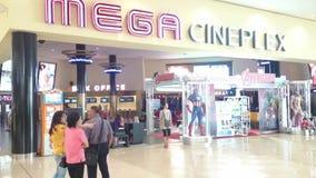Mega- cineplex am Mega- bangna, Thailand stock footage