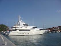 Mega jachty w Gustavia Ukrywają przy St Barths, Francuscy Zachodni Indies Fotografia Stock