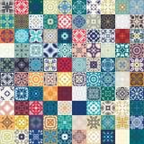 Mega Schitterend naadloos lapwerkpatroon van kleurrijke Marokkaanse tegels, ornamenten Kan voor behang worden gebruikt, vult het  Stock Fotografie