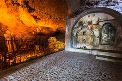 Mega Spileo lub monaster Wielki Cavern Zdjęcie Royalty Free