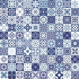 Mega ursnygg sömlös patchworkmodell från färgrika marockanska tegelplattor, prydnader Kan användas för tapeten, modellpåfyllninga Arkivbild