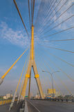 Megabrug in Bangkok (Rama 8 Brug) Stock Afbeeldingen