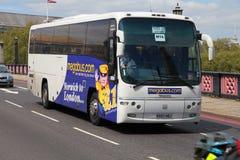 Megabus en Londres imagenes de archivo