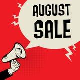 Megafoonhand, bedrijfsconcept met tekst August Sale Stock Afbeelding