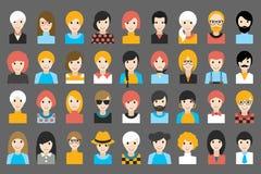 Megareeks diverse mensenhoofden, avatars Verschillende kleren, haarstijlen stock illustratie