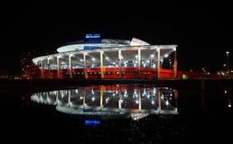 megasport αθλητισμός παλατιών νύχτ&al Στοκ φωτογραφία με δικαίωμα ελεύθερης χρήσης