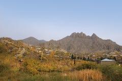 Meghri bij de hellingen van Meghri-bergketen, Armenië stock foto