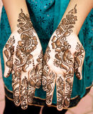 Mehandi hands on a bride Stock Photography