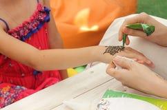 Mehendi, corps de henné photos libres de droits