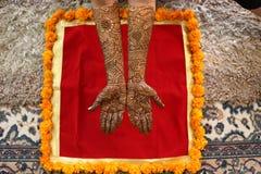 Mehendi della sposa indiana Fotografia Stock Libera da Diritti
