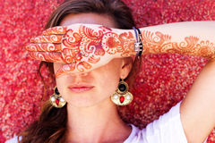 Mehendi on the hand of pretty girl Royalty Free Stock Photo