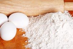 Mehl eggs Rollenstift Lizenzfreies Stockfoto