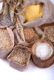 Mehl und Körner lizenzfreies stockbild