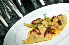 Mehlklöße mit Pilzen Lizenzfreies Stockfoto