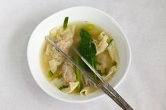 Mehlkloßsuppe des traditionellen Chinesen Stockfotos