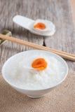 Mehlsuppe und gesalzenes Ei, chinesische Lebensmittelart Lizenzfreie Stockbilder