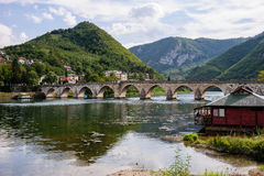 Mehmed帕沙Sokolovic桥梁在维谢格拉德,波斯尼亚 库存图片