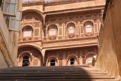 Mehrangarh堡垒乔德普尔城,拉贾斯坦庭院, 库存图片
