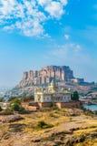 Mehrangarh-Fort mit Jaswant Thada Lizenzfreie Stockfotos