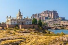Mehrangarh-Fort mit Jaswant Thada Stockfotografie