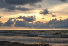 Mehrfachbelichtung eines karibisches Seestrandes stockbild