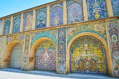 Mehrfache Bögen von Golestan, Teheran Stockbild