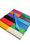 Mehrfarbenplasticine blockiert den lokalisierten Hintergrund Lizenzfreies Stockbild