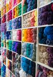 Mehrfarbige Acrylthreads Stockfotos