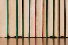 Mehrfarbige alte Bücher Lizenzfreies Stockfoto