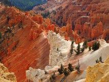 Mehrfarbige Amphitheaterbildungen Cedar Breaks National Monuments Stockfoto
